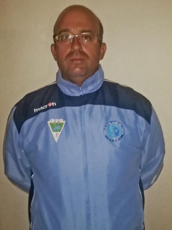 Entrenador de Voleibol del Club Figueroa